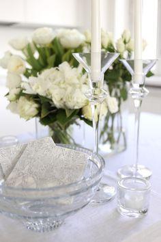 Homevialaura | white christening decorations | Iittala Kivi | Pentik napkins
