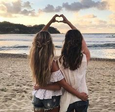 amazing, amigas, beauty, belleza, best friends, bestfriends, chic, clothes, cool, forever, friends, friendship, hair, mejores amigas, moda, nice, pelo, playa, summer, verano                                                                                                                                                                                 Más