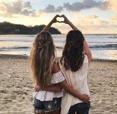 amazing, amigas, beauty, belleza, best friends, bestfriends, chic, clothes, cool, forever, friends, friendship, hair, mejores amigas, moda, nice, pelo, playa, summer, verano Más