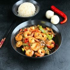 Shrimp, peppers, water chestnuts and mushrooms in a sweet, salty and nutty hoisin sauce.