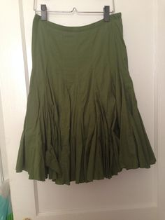 Anthropologie odille moss green knee-length skirt size 2