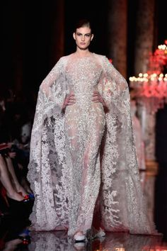 Elie Saab - Gorgeous Wedding Dresses From the Couture Shows - Elle Elie Saab Couture, Gorgeous Wedding Dress, Beautiful Gowns, Runway Fashion, Fashion Show, Paris Fashion, Women's Fashion, Bridal Fashion, High Fashion