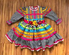 vestido-festa-junina-pied-de-coq-colorido-vestido-festa-junina Mom And Baby, Summer Dresses, Children, Fashion, Kids Fashion, Infant Costumes, Infant Dresses, Dressmaking, Clothing