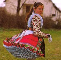 Paloc, Hungary Traditional Fashion, Traditional Dresses, Folklore, Kids Around The World, Hungarian Embroidery, Precious Children, Folk Costume, Wearable Art, Clothes