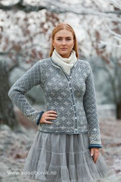 Ravelry: Stella Jacket pattern by Sidsel J. Fair Isle Knitting Patterns, Jumper Patterns, Fair Isle Pattern, Knit Patterns, Jacket Pattern, Drops Design, Sweater Design, Knitted Blankets, Knit Cardigan