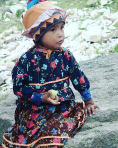 Barrancas del Cobre. Tarahumara girl. México