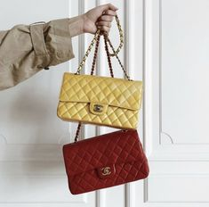 The Zoe Report, Vintage Bar, Chanel, Shoulder Bag, Luxury, Classic, Bags, Instagram, Design