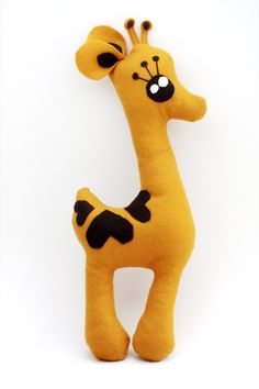 'jerry raft' felt toy by ohchloe, etsy. Felt Giraffe, Cute Giraffe, Sewing For Kids, Baby Sewing, Sewing Crafts, Sewing Projects, Fun Crafts, Arts And Crafts, Softies