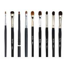 Camera Ready Cosmetics™ - Ben Nye Makeup Brushes - Fine Detail, (http://camerareadycosmetics.com/products/ben-nye-makeup-brushes-fine-detail.html)