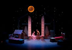 we do some sort of background like this? With the stars? If you drill holes into light boxes, you get get the star pin prick look. Peter Pan Play, Peter Pan Jr, Stage Set Design, Set Design Theatre, Stage Lighting Design, Lighting Ideas, Peter Pan Musical, Peter Pan Nursery, Peter And The Starcatcher