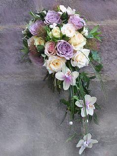 wedding flowers Lana Bates