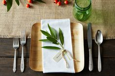 How to Set a Holiday Table 3 Ways