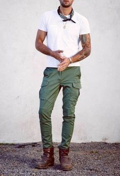 Teen Swag Outfits, White Outfits, Casual Outfits, Men Casual, All Fashion, Mens Fashion, Fashion Outfits, Olive Green Pants, Mens Attire