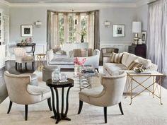 Y no! No esta en el barrio! Estos interiores llenos de glamour reflejan perfecto el estilo glamuroso de J.Lo. Tonos neutros y tapices satin...