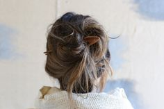Wooden Hair Pin | So lovely. Wish my hair was longer. And thicker.