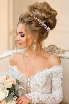 Gorgeous Wedding Bun Hairstyles ❤ See more: http://www.weddingforward.com/wedding-bun-hairstyles/ #weddings