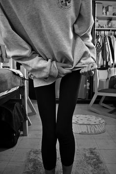 when i'm skinny i will be able to wear leggings with sweatshirts and look good.