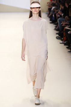 Akris Spring/Summer 2015 Ready-To-Wear Collection | British Vogue