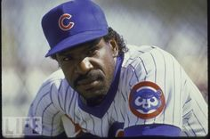 September 22, 1990  Andre Dawson steals the 300th base of his career.  Dawson already has 300 home runs and 2,000 hits in his major league career to this date, making him only the 2nd major league player to reach all 3 of these milestones.  Willie Mays was the first.