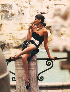 Vacanze Comane '92 - Vogue Italia (1992) Carla Bruni by Pamela Hanson