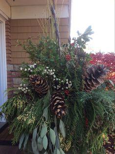 Christmas Planters, Christmas Wreaths, Holiday Decor, Plants, Home Decor, Decoration Home, Room Decor, Plant, Home Interior Design