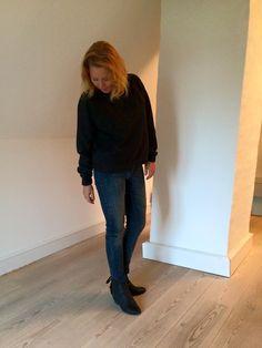 Janne i det lækre sæt bestående af Gold hw slim jeans og Gelatta wool top.