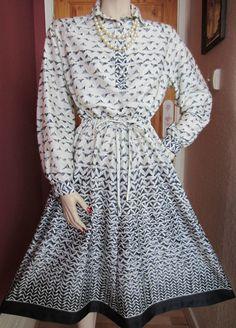 VTG 1970s DOES 40s 50s BLACK & WHITE ABSTRACT PRINT TEA DRESS RETRO ROCKABILLY
