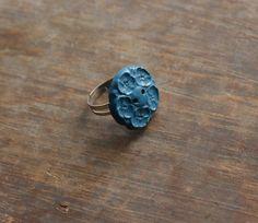 button ring, #whitelilydesign $6