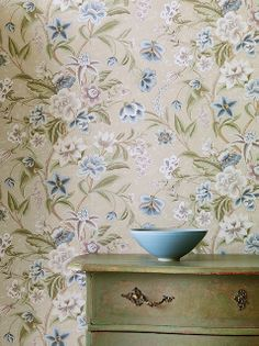 Colefax and Fowler Celestine wallpaper .  Available from Vanilla Interiors  www.vanillainteriors.co.uk
