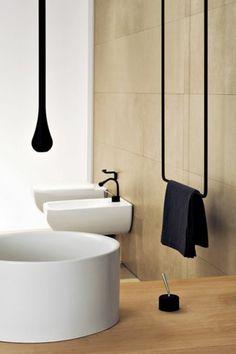 portes serviettes murales en fer noir, salle de bain taupe