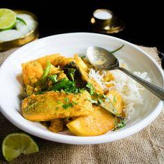 Light & soupy Salmon curry loaded with fresh veggies like cauliflower & potatoes & flavored with earthy spices like cumin & turmeric.