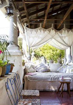 Porch hideaway