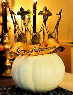 I will be the Queen of Halloween someday! As soon as I have a HOUSE to throw a party in!