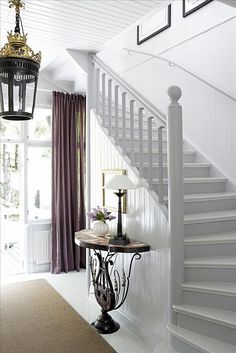 white painted floors and stairs Staircase Banister Ideas, Staircase Pictures, White Staircase, Staircase Remodel, Painted Staircases, Painted Stairs, White Painted Floors, White Walls, Stair Landing Decor