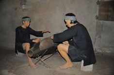 During the war in Vietnam, thousands of people in the Vietnamese province of Cu Chi lived in an elaborate network of underground tunnels. Group Tours, Vietnam War, Weapons, Tropical, Country, Travel, Life, Weapons Guns, Guns