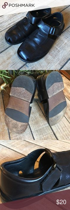 Tommy Bahama men's sandal size 10 Tommy Bahama made in Italy size 10 M genuine all leather sandal. Black men's dress sandal. Tommy Bahama Shoes Sandals & Flip-Flops