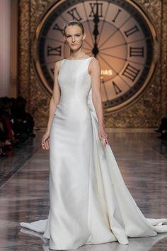 Suknie ślubne Atelier Pronovias 2016, fot. serwis prasowy/FB