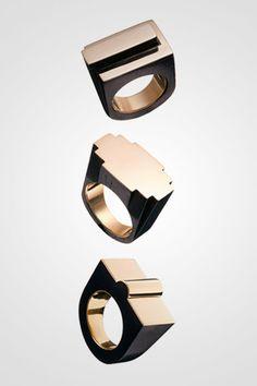 Tank ring - Must-have art deco rings by Benedikt Von Lepel