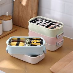 Lunch Box Containers, Food Storage Containers, Lunch Box Bento, Lunch Kits, Objet Wtf, Leak Proof Lunch Box, Stainless Steel Bento Box, Lemon Butter Chicken, Boite A Lunch