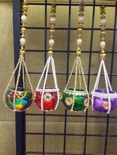 Diwali Diya Decoration Ideas With Beautiful Diya Photos - Monica Moreno Monroy - Hotel Diya Decoration Ideas, Diy Diwali Decorations, Festival Decorations, Decor Ideas, Diwali Diya, Diwali Craft, Diya Photos, Janmashtami Decoration, Boho Dekor
