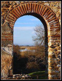 ΠΡΕΣΠΕΣ (ΠΑΡΑΘΥΡΟ ΜΕ ΘΕΑ) - PRESPES (WINDOW WITH VIEW) by G.Patsi