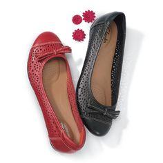 70 Clarks Shoes ♡♡♡♡ {\u003d ideas