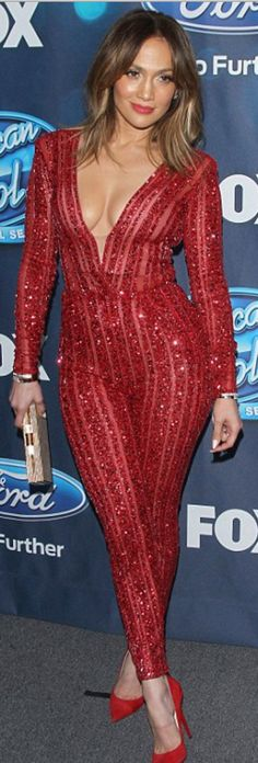 Jennifer Lopez: Jumpsuit – Zuhair Murad  Purse – Amanda Wakeley  Shoes – Jimmy Choo
