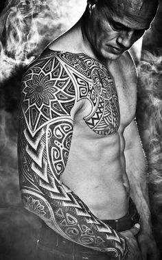32 Super Ideas For Tattoo Designs Men Sleeve Ideas Tatoo Tribal Tattoo Designs, Tattoos Geometric, Tattoo Designs And Meanings, Tattoo Designs For Women, Tribal Tattoos, Tattoo Meanings, Hawaiianisches Tattoo, Tattoo Video, Chest Tattoo