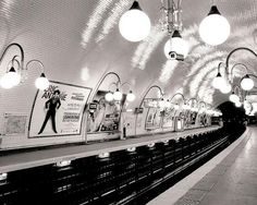 """oui! i love this. """"cite metro"""" large print from The Paris Print Shop"""