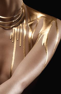 "boudhabar: ""Fernando Arrais "" (With images) Jewelry Photography, Fashion Photography, Art Photography Women, Photografy Art, Or Noir, Gold Aesthetic, Aesthetic Body, Summer Aesthetic, Aesthetic Clothes"