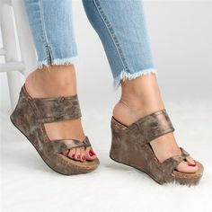 Chic Style Casual Flat Shoes – Page 4 – jullymart Cute Sandals, Open Toe Sandals, Wedge Sandals, Wedge Shoes, Shoes Sandals, Women Sandals, Flat Shoes, Footwear Shoes, Wedge Sneakers