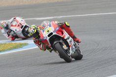 Andrea Iannone Photos: MotoGp of Spain - Race