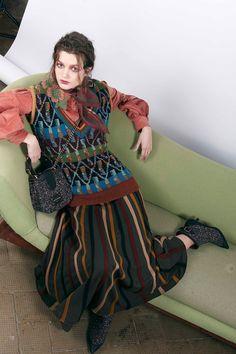 https://www.vogue.com/fashion-shows/pre-fall-2018/antonio-marras/slideshow/collection#13