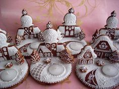 ❥ awesome gingerbread houses!